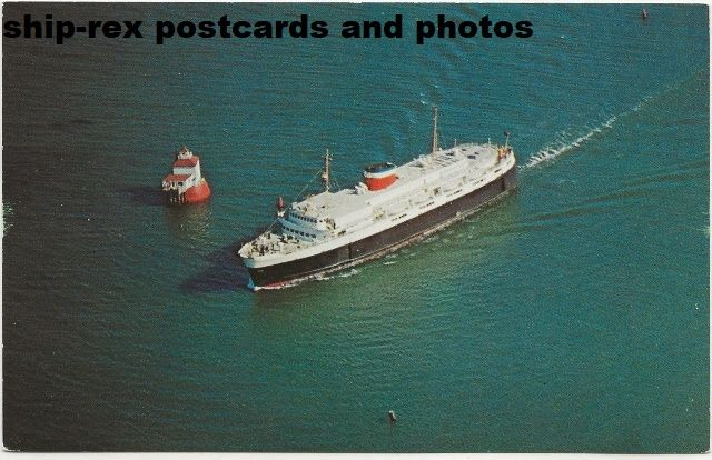 BLUENOSE (1956a, Canadian National) postcard (a2)