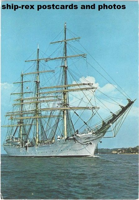 DAR POMORZA (sail training ship) postcard (b1)